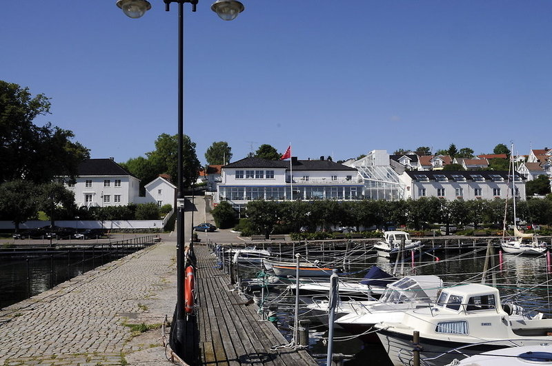 thon-hotel-sgrdstrand-norwegia-ostland-bar.jpg