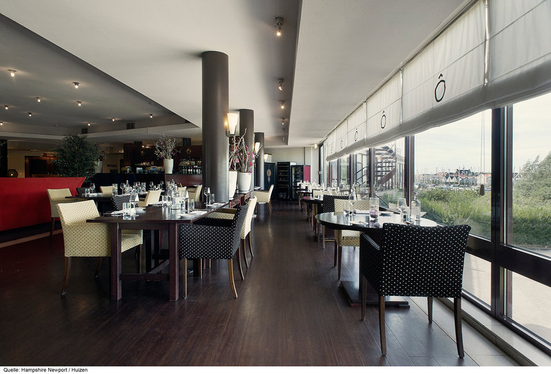 Hotel Newport Huizen : Hotel hampshire hotel newport huizen holandia holandia północna
