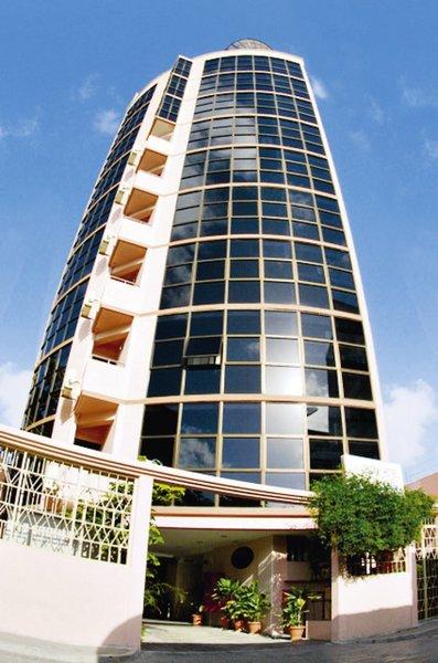 central-hotel-tageszimmer-malediwy-atol-nord-male-morze.jpg
