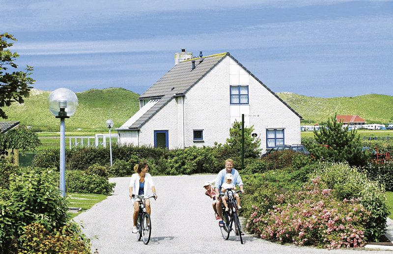 ferienpark-landal-beach-resort-ooghduyne-holandia-holandia-polnocna-julianadorp-basen.jpg