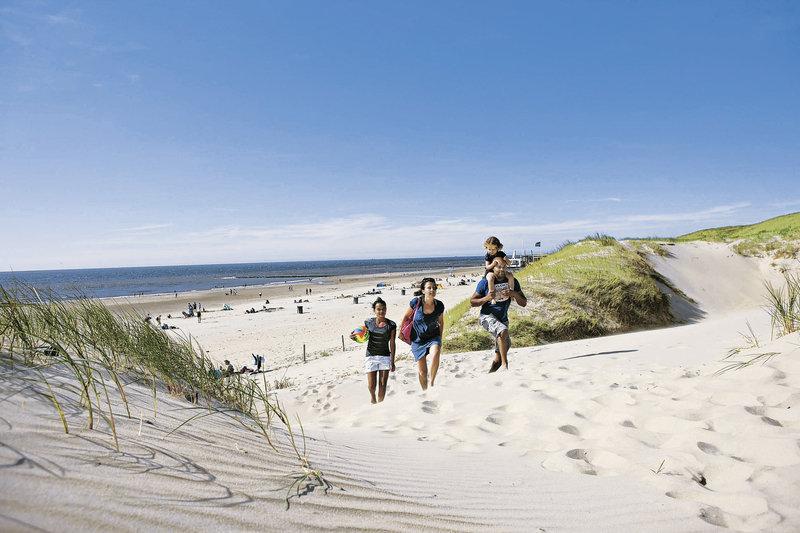 ferienpark-landal-beach-resort-ooghduyne-holandia-widok-z-pokoju.jpg