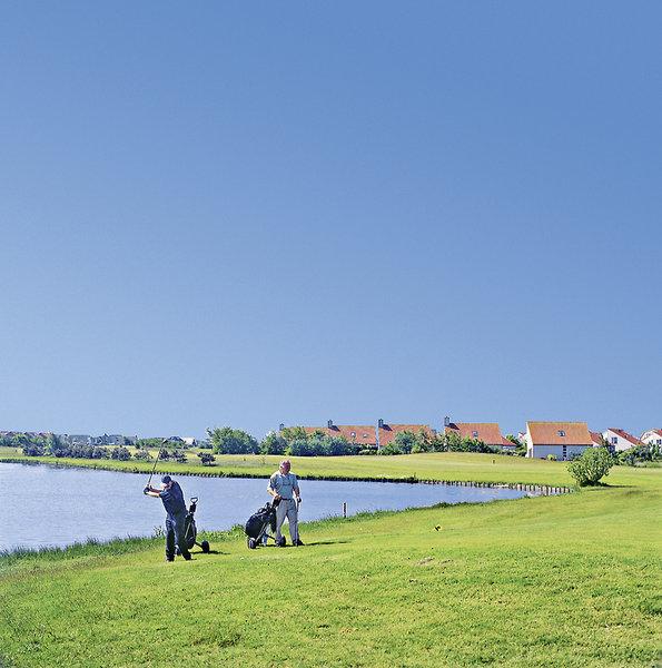 ferienpark-landal-beach-resort-ooghduyne-landal-beach-resort-ooghduyne-holandia-polnocna-holandia-polnocna-bar.jpg