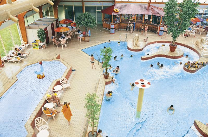 ferienpark-landal-beach-resort-ooghduyne-landal-beach-resort-ooghduyne-holandia-polnocna-holandia-polnocna-budynki.jpg