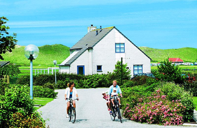 ferienpark-landal-beach-resort-ooghduyne-landal-beach-resort-ooghduyne-holandia-polnocna-holandia-polnocna-recepcja.jpg