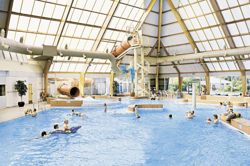 fewo-landal-beach-resort-ooghduyne-holandia-holandia-polnocna-julianadorp-plaza.jpg