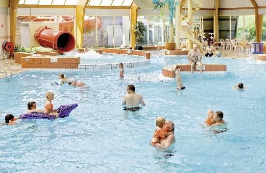 landal-beach-resort-ooghduyne-holandia-holandia-polnocna-julianadorp-budynki.jpg