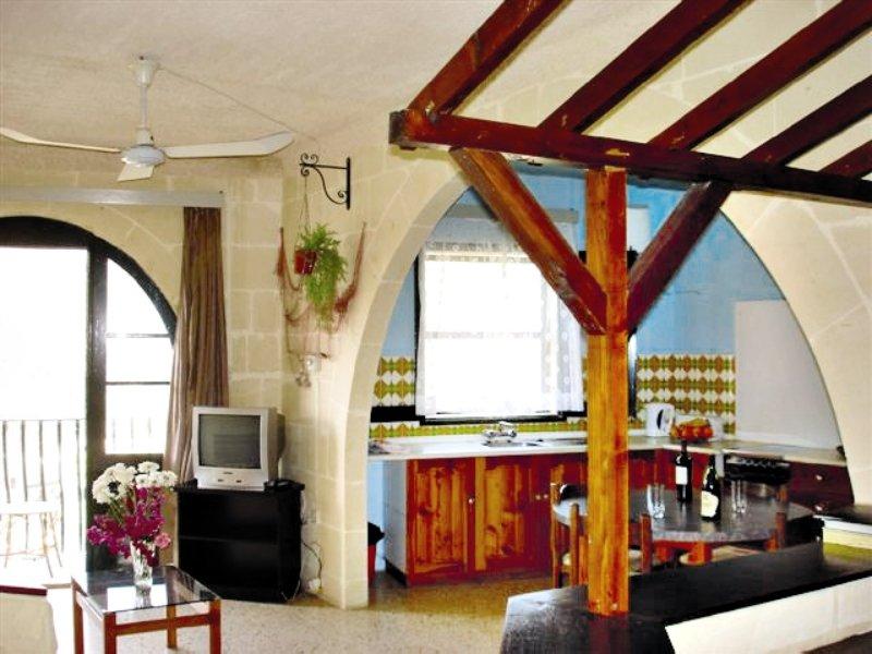 xlendi-heights-apartments-malta-gozo-lobby.jpg
