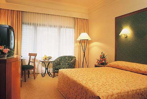 swiss-garden-hotel-residences-malezja-budynki.jpg