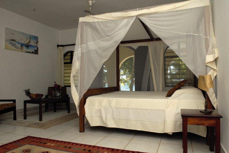 she-she-beach-resort-she-she-beach-resort-wybrzeze-kenii-wybrzeze-kenii-budynki.jpg