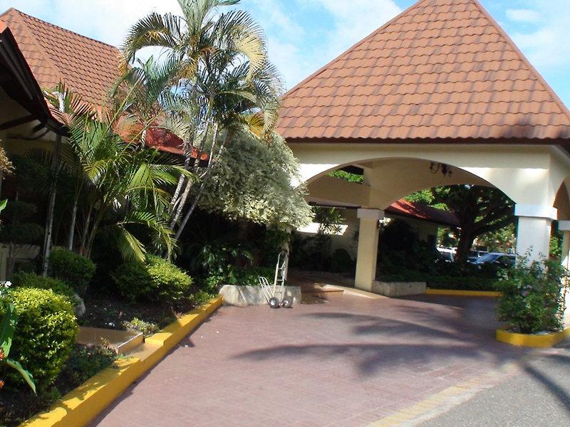 fun-royale-beach-resort-dominikana-puerto-plata-sosua-lobby.jpg