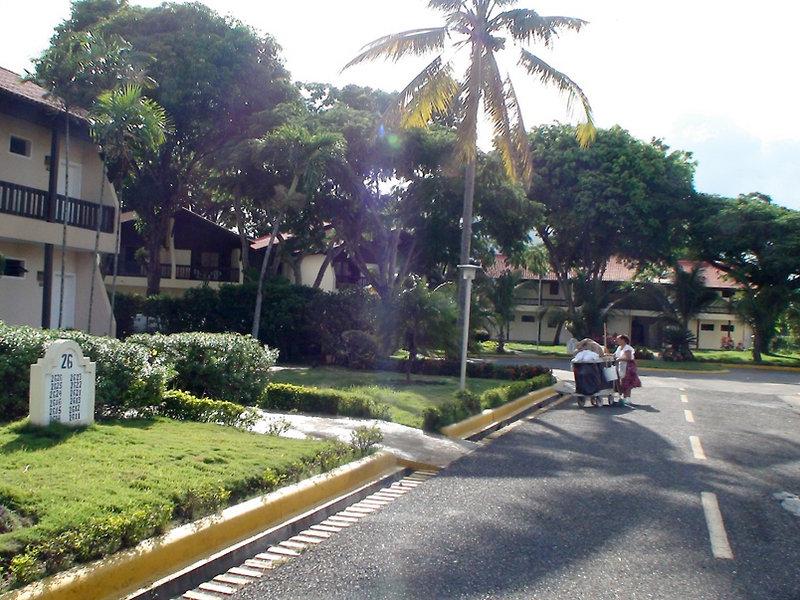 fun-royale-beach-resort-dominikana-puerto-plata-sosua-playa-dorada-bufet.jpg