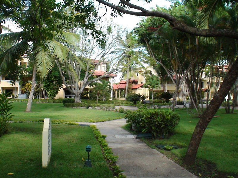 fun-royale-beach-resort-dominikana-puerto-plata-sosua-playa-dorada-lobby.jpg