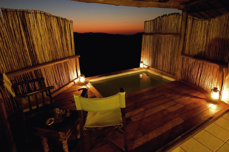 sossusvlei-wilderness-camp-sossusvlei-wilderness-camp-namibia-restauracja.jpg