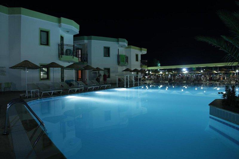 la-luna-hotel-ex-abacus-la-luna-hotel-turcja-polwysep-bodrum-gumbet-lobby.jpg