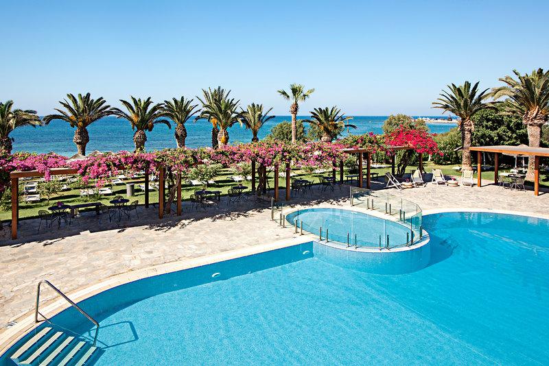 alion-beach-cypr-cypr-poludniowy-morze-pokoj.jpg