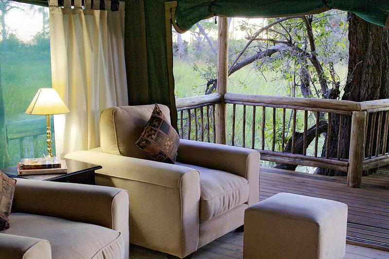 gunn-s-camp-botswana-park-narodowy-okavango-delta-ogrod.jpg