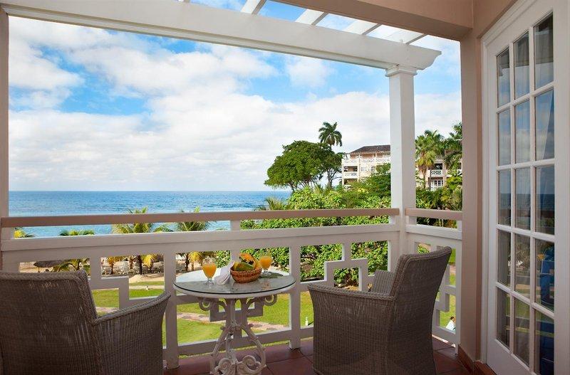 couples-resort-sans-souci-couples-sans-souci-all-inclusive-jamajka-jamajka-widok-z-pokoju.jpg