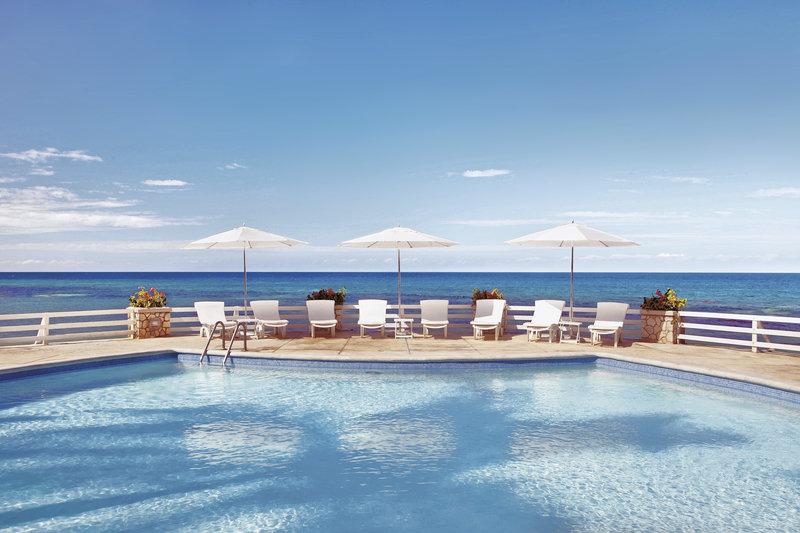 couples-resort-sans-souci-jamajka-recepcja.jpg