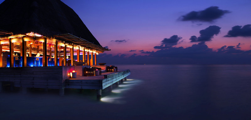 w-hotels-retreat-spa-maldives-malediwy-pokoj.jpg