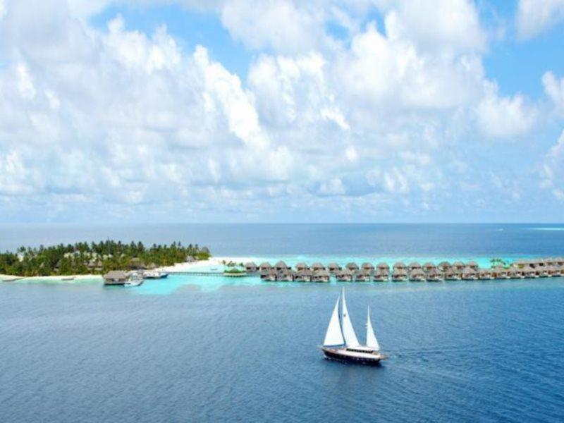 w-hotels-retreat-spa-maldives-w-retreat-and-spa-atol-nord-ari-atol-nord-ari-basen.jpg