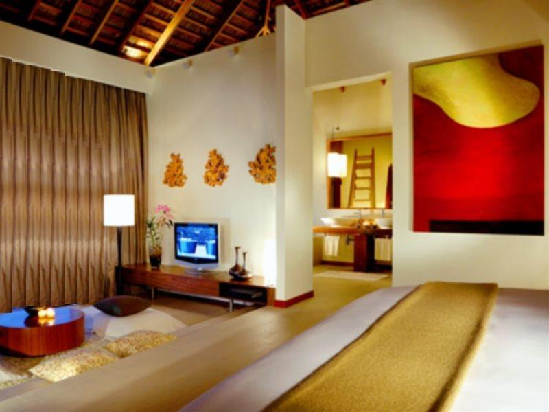 w-hotels-retreat-spa-maldives-w-retreat-and-spa-atol-nord-ari-atol-nord-ari-recepcja.jpg