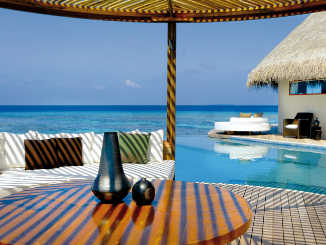 w-hotels-retreat-spa-maldives-w-retreat-spa-atol-nord-ari-basen.jpg
