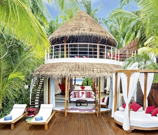 w-hotels-retreat-spa-maldives-w-retreat-spa-maldives-atol-nord-ari-atol-ari-plaza.jpg