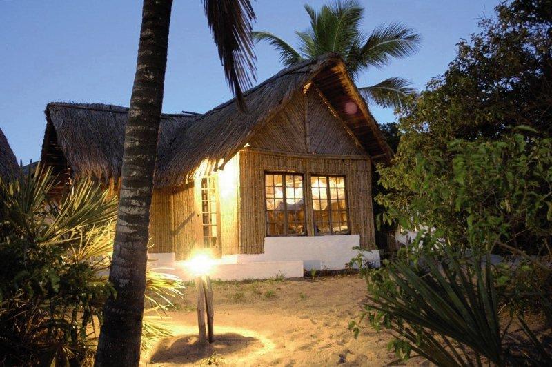 barra-lodge-mozambik-lobby.jpg