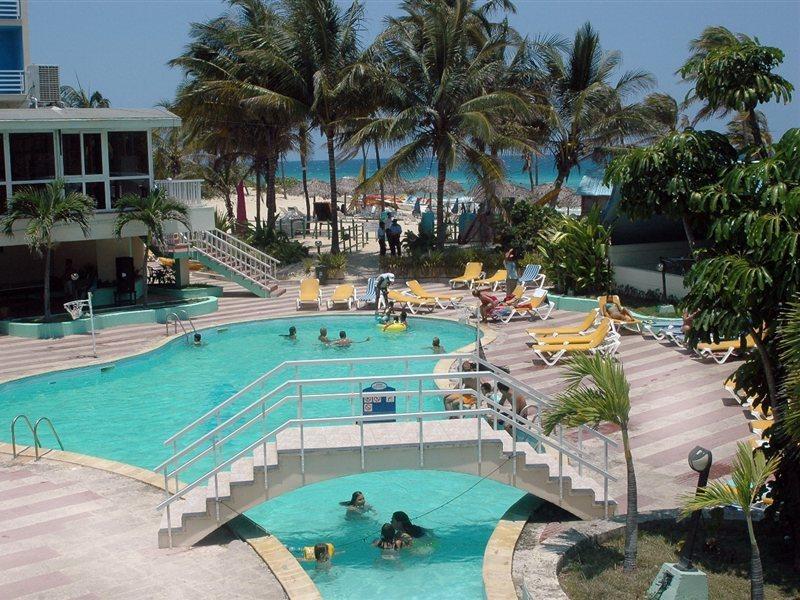 atlantico-kuba-wybrzeze-atlantyku-polnoc-playa-del-este-rozrywka.jpg