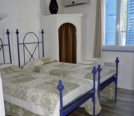 hotel-bellevue-francja-korsyka-saint-florent-rozrywka.jpg