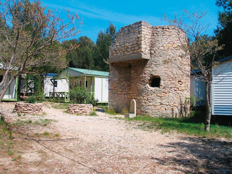 camping-le-mas-francja-wybrzeze-morza-srodziemnego-recepcja.jpg